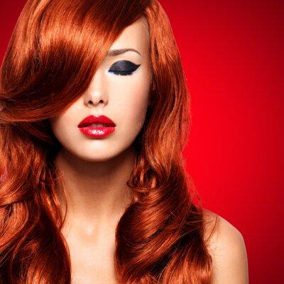 Картина Портрет женщины с длинными красными волосами