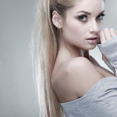 Картина Портрет whiteheaded молодая женщина с красивыми голубыми глазами