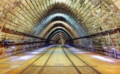 Картина Железнодорожный туннель