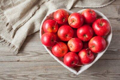 Картина Красные яблоки на столе