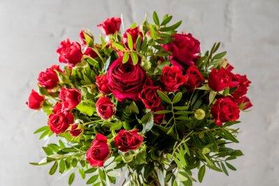 Картина красных роз