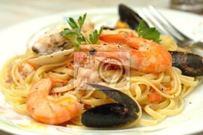 Морепродукты спагетти