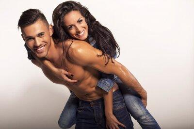 Картина сексуальная красивая пара в джинсах