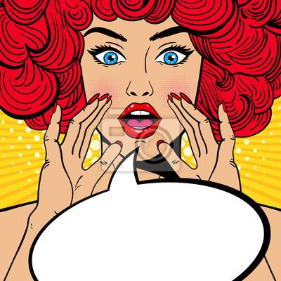 Sexy удивлен поп-арт женщина с открытым ртом, красный вьющиеся волосы и поднимая руки кричащих объявление. Вектор фон в комических ретро стиле поп-арт. Приглашение на вечеринку.