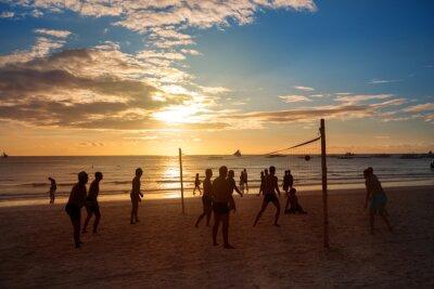 Картина Силуэт людей, играющих в волейбол