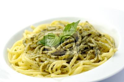 Спагетти аль песто