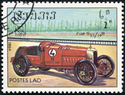 Картина Марка напечатана в Лаосе показывая старинные Fiat S57 спортивный автомобиль