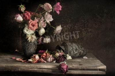 Картина натюрморт Фото с цветком