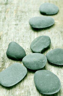 Картина камни на старой деревянной поверхности