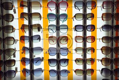 Картина Темные очки