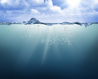 Картина подводный вид с голубой водой
