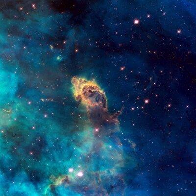 Картина Вселенная заполнена звездной струйного, звезды, туманности и галактики.
