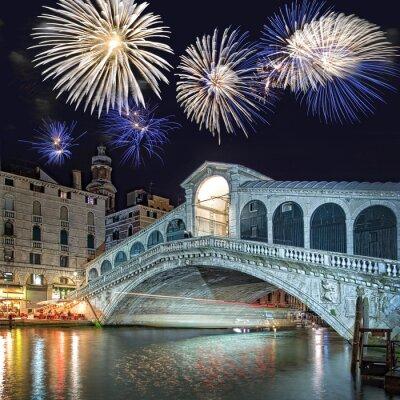 Картина Венеция Италия, фейерверк над мостом Риальто ночью
