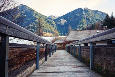 Картина вид на горы с моста