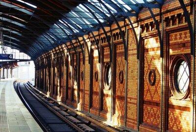 Картина В ожидании поезда
