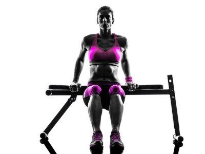Картина женщина фитнес отжимания упражнения силуэт