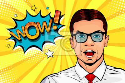Ух ты, поп арт мужское лицо. Человек удивленный детенышами в стеклах с открытым пузырем рта и вау речи. Векторные красочные иллюстрации в стиле ретро комиксов.