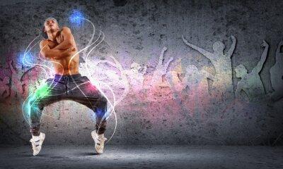 Картина Молодой человек танцует хип-хоп с цветными линиями