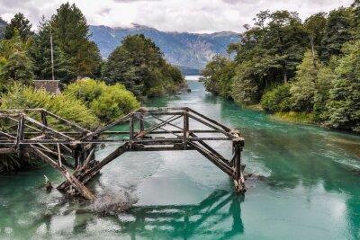 Фотообои Заброшенный мост, Дорога Семи озер, Аргентина