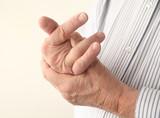 Распространенный остеохондроз лечат парацетамолом
