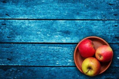Фотообои яблоки на столе
