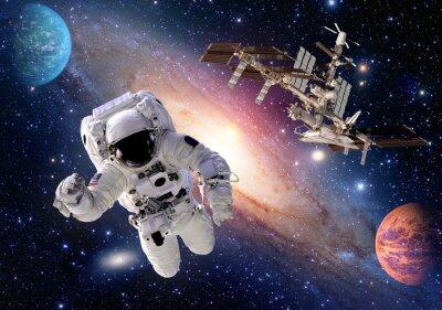 Фотообои Астронавт космонавтом костюм люди планеты космос шаттл станции космического корабля. Элементы этого изображения, предоставленную NASA.