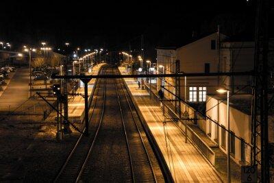 Фотообои Bahnhof Bei Nacht