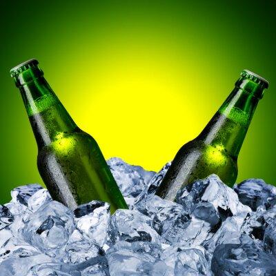 Фотообои Пивные бутылки на кубик льда