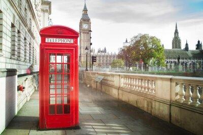 Фотообои Биг Бен и красный телефон кабина в Лондоне