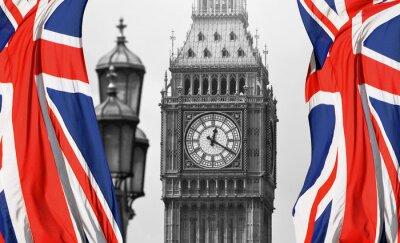 Фотообои Биг-Бен в Лондоне и английским флагом