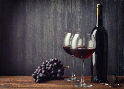 Фотообои Бутылка и два стакана красного вина