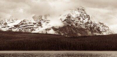 Фотообои Bow Lake