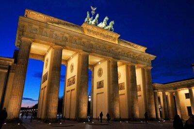 Фотообои Бранденбургские ворота бей abendlicher Beleuchtung