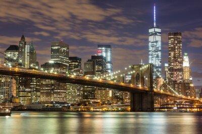 Фотообои Бруклинский мост и Downtown Небоскребы в Нью-Йорке в сумерках