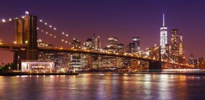 Фотообои Brooklyn Bridge and Manhattan at night, New York City, USA.
