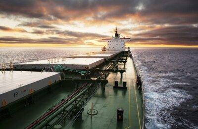 Фотообои Грузовое судно идет