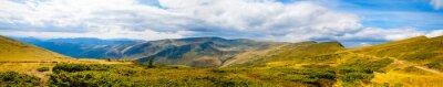 Фотообои Карпатские горы панорамное