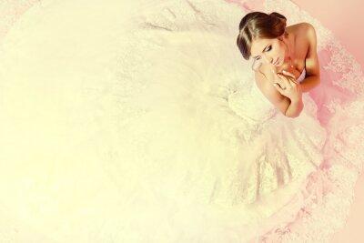 Фотообои очаровательная невеста