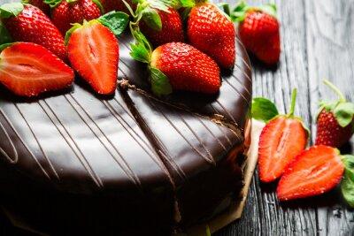 Фотообои Шоколадный торт со свежей клубникой