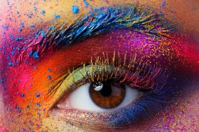 Фотообои Крупным планом вид женских глаз с яркой многоцветной моды Mak