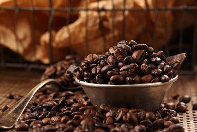 Фотообои Кофе в зернах и темный шоколад в миске в стиле винтаж