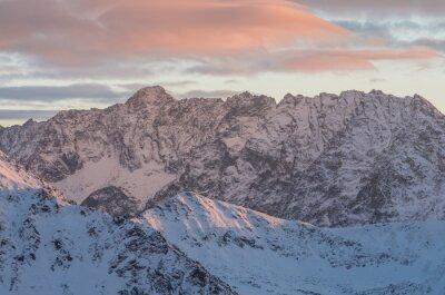 Фотообои Красочные панорамы горный закат зимой в Высоких Татрах