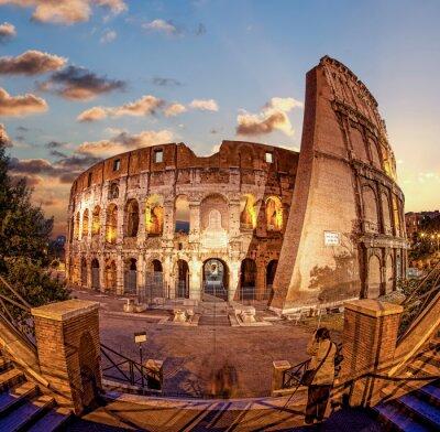Фотообои Колизей в вечернее время, Рим, Италия