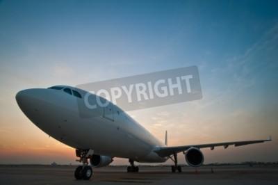 Фотообои Коммерческая парковка самолет в аэропорту