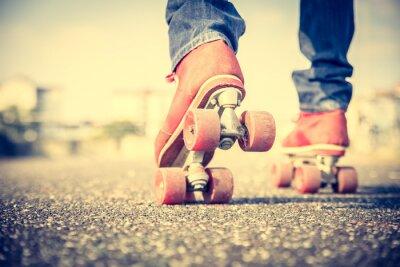 Фотообои Прохладный человек, одетый роликовых коньках обувь