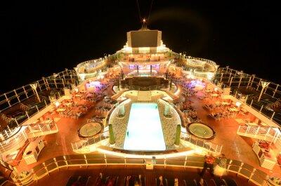 Фотообои Круизное судно верхней палубе в ночное время