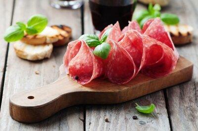 Фотообои Вкусный салями с базиликом и вина