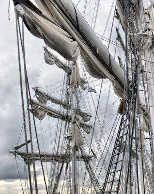 Фотообои Портовый из старого парусника