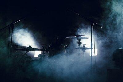 Фотообои Барабан, установленный в дыму на сцене