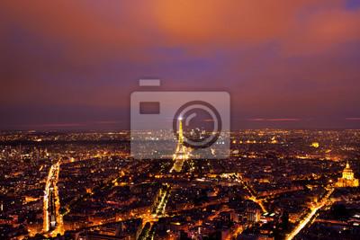 Фотообои Эйфелева башня вид сверху после захода солнца